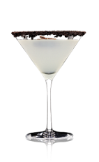 The Starry Night is a classic cocktail recipe, but may live up to its name. Go for a Lucid Starry Night instead, and see what the green fairy can do for you. Made from Lucid absinthe, chocolate vodka, simple syrup, star anise and chocolate cookie, and served in a chilled cocktail glass.